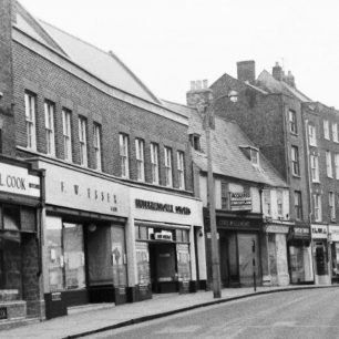 25-30 High Street c.1960s | Geoff Hastings