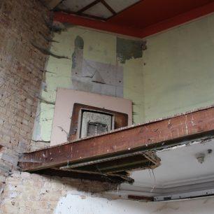 Disused fire/heater, 13-17 High Street | Taleyna Fletcher