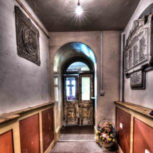 Doors or portals 1 | Richard Cassidy