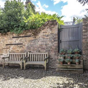 Seating In Stable Yard | Jacqui White