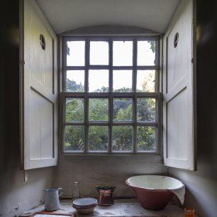 Kitchen Window | Matt Emmett