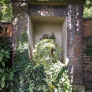 Garden Feature | Sarah Thorpe