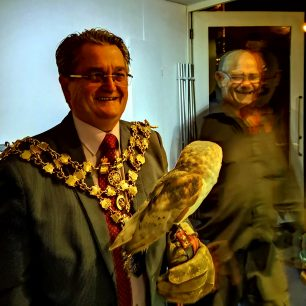 Mayor of Wisbech with owl | Lorena Hodgson