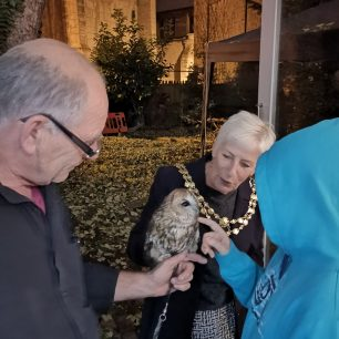 Mayoress of Wisbech with owl | Lorena Hodgson